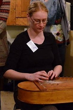 Eeva-Kaisa Kohonen at the Nordic Harp Meeting in Gjøvik 2014 (photo: Floris van der Meijs)